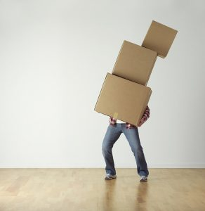 Self-packing vs. full packing service is the question.