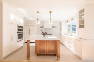 a minimalist decoration in the kitchen as one of the best ways to sell your old house